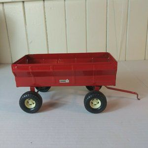 ERTL 1/16  Diecast Case IH Red Flare Barge Wagon
